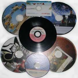 cd bedrucken lassen kleinauflage mit eigenem motiv wisch und kratzfest bedruckte glossy cd r. Black Bedroom Furniture Sets. Home Design Ideas