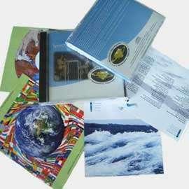 papier einleger f r cd h llen inkl bedruckung mit ihrem motiv bedruckte cd cover booklet inlay. Black Bedroom Furniture Sets. Home Design Ideas
